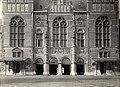 Voorgevel van het Rijksmuseum -Facade of the Rijksmuseum (8633631595).jpg