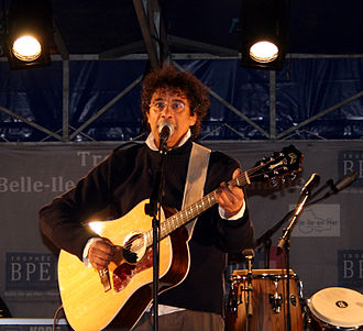 Laurent Voulzy - Image: Voulzy Concert Belle Ile (2)