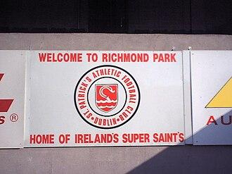 Richmond Park (football ground) - Image: Welcome Richmond
