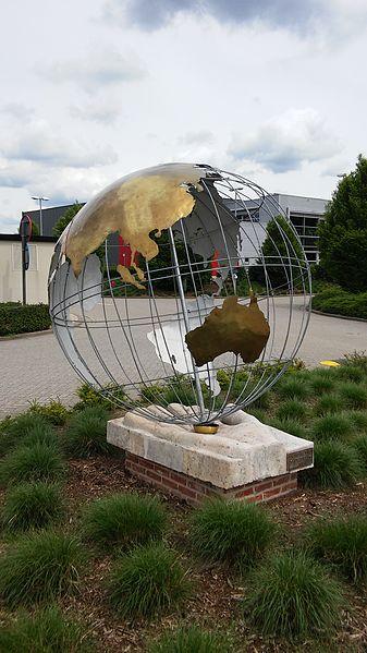 Wereld door Frans Meynen, Dessel