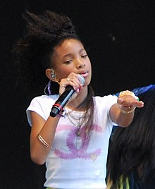 Willow Smith Sing