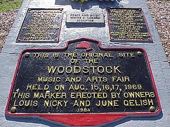 http://upload.wikimedia.org/wikipedia/commons/thumb/2/2e/Woodstock_8.JPG/350px-Woodstock_8.JPG