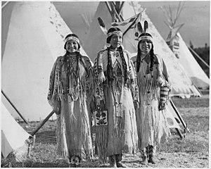 Sahaptin - Yakama women in 1911