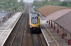 Yatton railway station MMB 28 220XXX.jpg