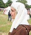Zijkant gezicht van dame verkleed Jacoba van Beierendag Oostvoorne.jpg