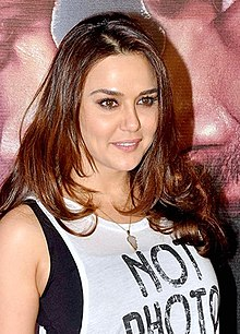 Zinta at Badlapur success party.jpg