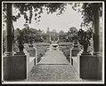 """Près Choisis,"" Albert Herter house, Georgica Pond, East Hampton, New York. View from house to orange and yellow garden LCCN2012645990.jpg"