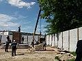 Установка памятника Б. Калмыкову после реставрации. Июнь 2017.jpg