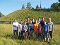 Участники раскопок на городище Унорож.jpg