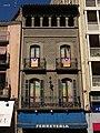 010 Edifici a la rambla de les Davallades, 17 (Vic).jpg