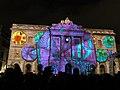 057 Llum BCN, projecció a la façana de l'Ajuntament, pl. Sant Jaume.JPG
