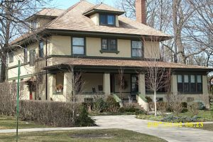 Harry Weese - Harry Weese grew up in this house in Kenilworth, Illinois.