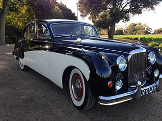 Jaguar Mark IX - 1960 Jaguar MK-IX restored in 2014