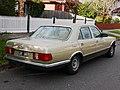 1982 Mercedes-Benz 380 SE (W 126) sedan (2015-05-29) 02.jpg