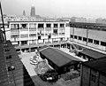 19900410160NR Dresden Altstadt Hygiene-Museum Innenhof.jpg