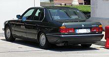 BMW 7 Series (E32) - Wikipedia