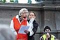 2-Meter-Abstand Demo für Kunst und Kultur Wien 2020-05-29 07 Manuela Linshalm Resi Resch.jpg
