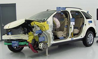 Ford Edge - The Insurance Institute for Highway Safety (IIHS) uses its crash-tested 2007 Edge SEL to demonstrate well-designed crash safety