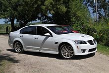 pontiac g8 battery charge