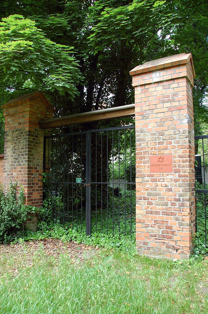2010-06-15-juedischer-friedhof-ebw-by-RalfR-02.jpg