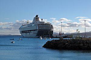 2010-12-25 Spain Fuerteventura PuertoDelRosario MeinSchiff1.JPG