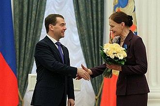 Lyudmila Chursina - Dmitry Medvedev at the ceremony of presenting state awards. Medal of Honor awarded Artist of Russian Army Theatre Lyudmila Chursina, 2012