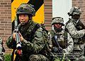 2012.8.20 한국 부사관, 미8군 위탁교육 (7828929228).jpg