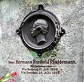 20130630034DR Dresden-Plauen Alter Annenfriedhof Grab Plüddemann.jpg