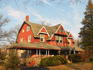 South Wayne Historic District (Wayne, Pennsylvania) - Image: 421 Midland S Wayne HD PA