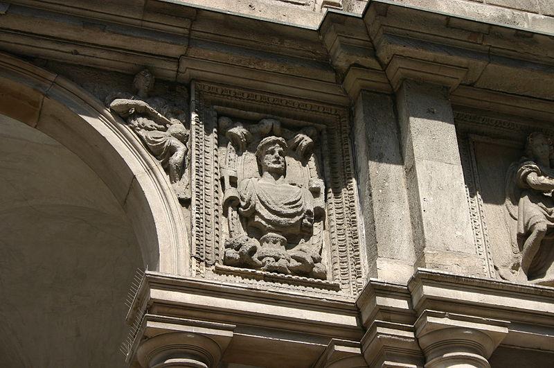 File 5074 milano palazzo dei giureconsulti foto for Palazzo 24