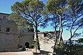 84 - PA00082162 - Château de Saumane - cours basse 2.jpg