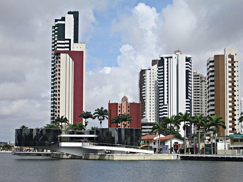 O museu foi projetado pelo arquiteto Oscar Niemeyer.