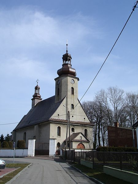 http://upload.wikimedia.org/wikipedia/commons/thumb/2/2f/ALubecko_church.jpg/450px-ALubecko_church.jpg