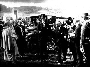 1926 Women's World Games - Gustaf V of Sweden on his way to the opening ceremoni