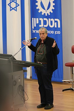 Prof. Ciechanover Speaking at the Technion, Israel, February 2018.