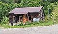 Abandoned house near Lac de Vallon.jpg