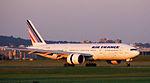 Air France Boeing 777 (2656972072) (2).jpg