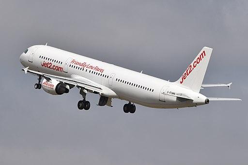 Airbus A321-211 'G-POWN' (42228086710)
