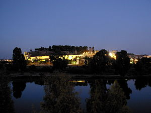 Alcazaba of Badajoz - Image: Alcazaba Badajoz anochecer
