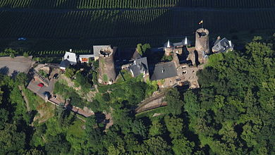 Aerial photograph of the castle from the east Alken, Burg Thurant.jpg