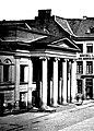 Altes Theater am Marktplatz in Düsseldorf, Hauptfassade und Portikus mit vier ionischen Säulen, Pläne Regierungsbauräte Vagedes, 1831 bis 1832.JPG