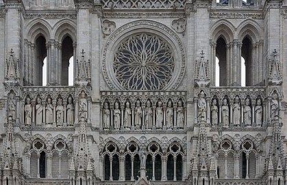 Amiens France Cathédrale-Notre-Dame-d-Amiens-03.jpg