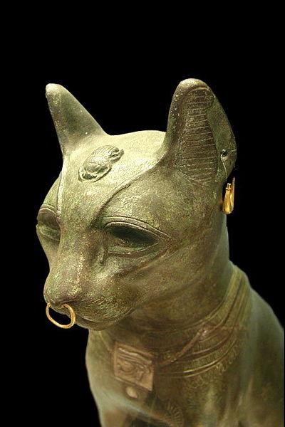 File:Ancient Egyptian bronze cat.jpg