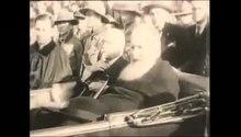 Гурт пластунів супроводжує автомобіль з митрополитом Андреєм Шептицьким (1930)