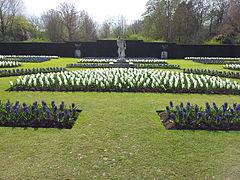 Anglesey Abbey - Formal Garden Spring 1.jpg