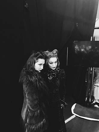 Bella Hadid - Bella Hadid, alongside sister Gigi, backstage at Anna Sui F/W 2017.