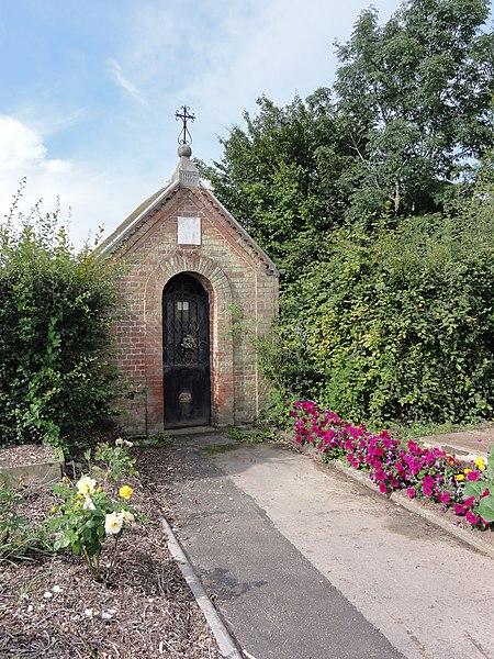 Anor (Nord, Fr) chapelle St.Antoine, N.D. de Délivrance, St. Benoit, 1887, route d'Anor (D964)