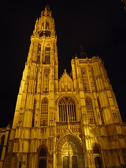 Antwerpen-Cathedrale by night.jpg