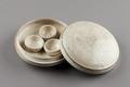 Ask med lock Korai-dynastin - Hallwylska museet - 96212.tif