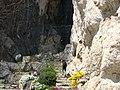 Aufgang zur Lourdesgrotte - panoramio.jpg